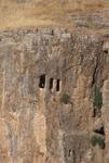 Rotsgraven in Gerger Kalesi. Lag hier Samos II, grootvader van Antiochos I Theos, begraven?