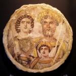 Keizer Septimius Severus en zijn familie, portret van Geta is weggewerkt.